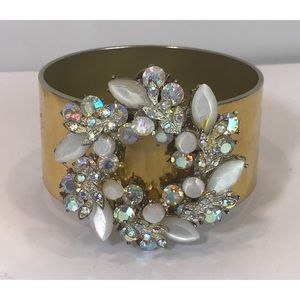 VTG Huge AB Crystal Wreath Wide Gold Tone Bracelet